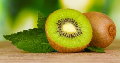kiwi fruit and leaf